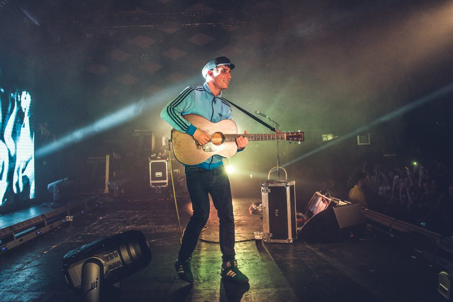 6 Reasons Why Gerry Cinnamon's Erratic Cinematic is Life